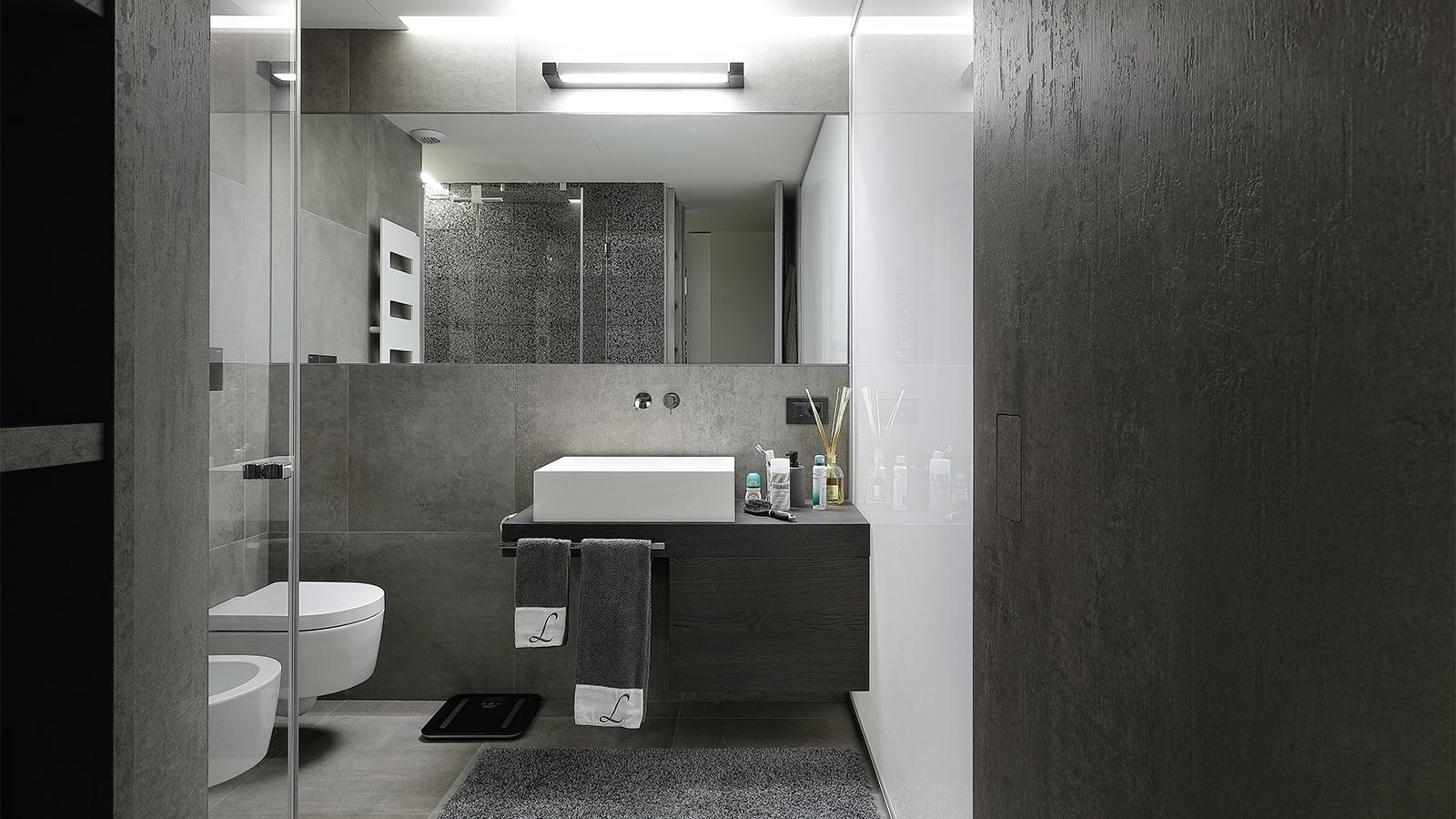 Arredamento per il bagno salvioni design solutions for Arredo bagno valle d aosta
