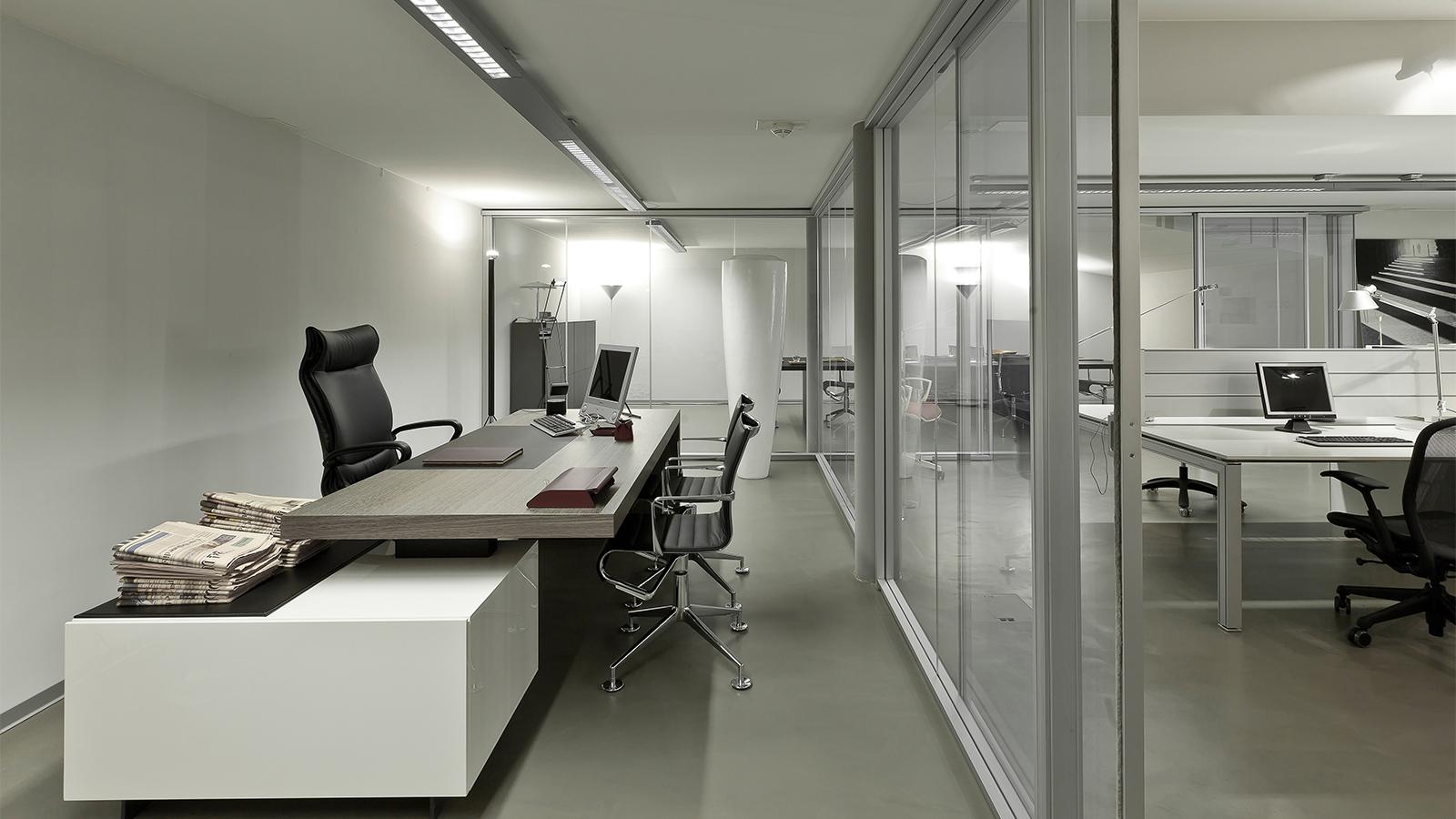 Arredamento per l 39 ufficio salvioni design solutions for Design per l ufficio