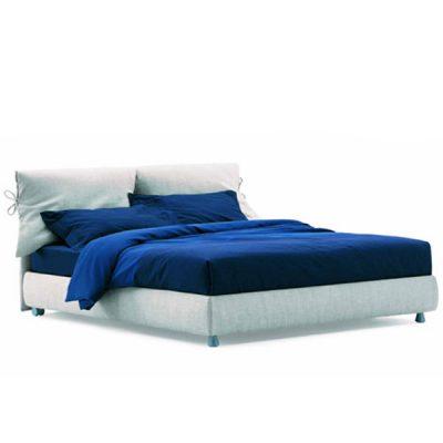 Nathalie bed