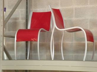 Fpe sedia kartell rosso opalino disponibile in outlet salvioni