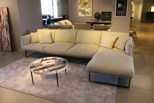 Cassina divano 8 scontato del 30%