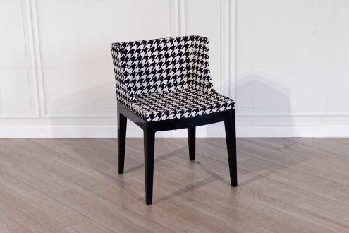 Kartell – Mademoiselle Pied-de-Poule chair available with a 50% discount